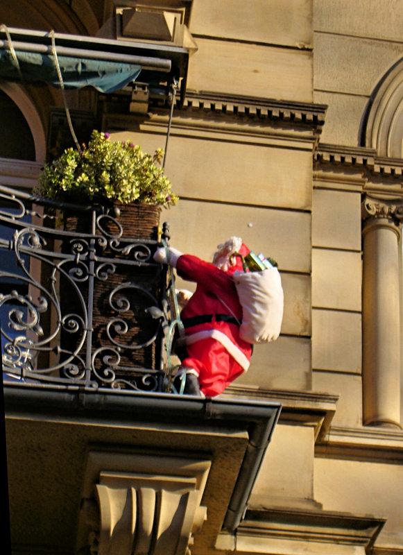climbing Santa